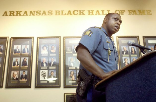 former-arkansas-state-police-lieutenant-sedrick-reed-admitted-wednesday-that-he-stole-confiscated-illegal-drugs-from-a-police-evidence-room-he-supervised