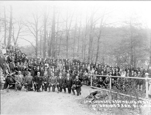 assemblies-of-god-founding-members-in-hot-springs-in-1914
