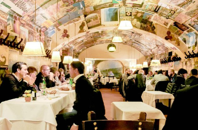 ristorante-buca-lapi-has-been-serving-food-in-florence-italy-since-1880-and-is-considered-one-of-the-hardest-reservations-to-book-it-is-famous-for-its-bistecca-fiorentina-a-porterhouse-beef-steak-cooked-in-the-florentine-style