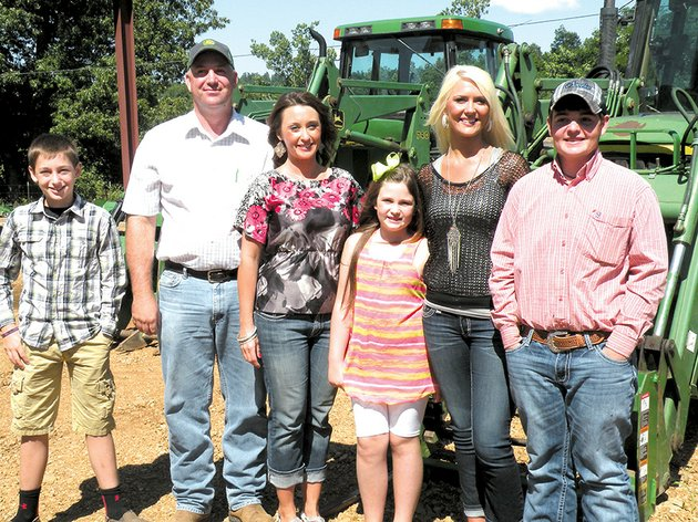 the-kevin-morris-family-of-williford-is-the-2014-sharp-county-farm-family-of-the-year-family-members-are-from-left-garrett-kevin-jodi-lily-ann-whitney-and-austin-they-raise-cattle-and-hay-on-their-2150-acre-farming-operation