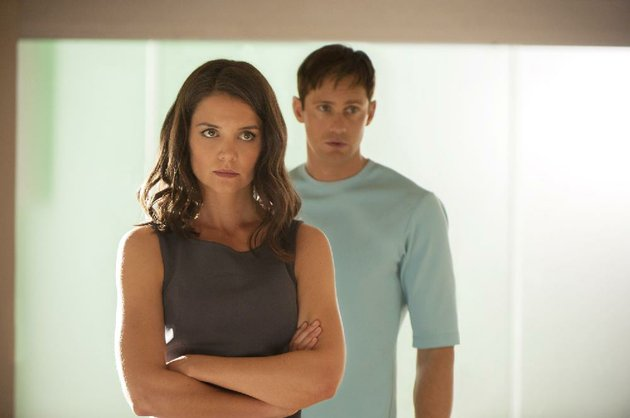 l-r-katie-holmes-and-alexander-skarsgrd-star-in-the-giver