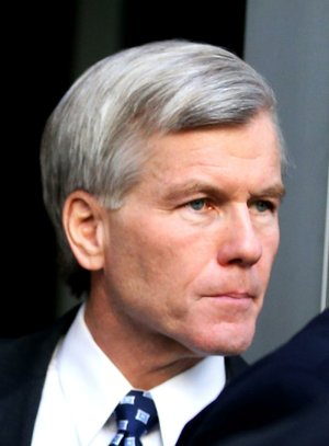 Former Virginia Gov. Bob McDonnell looked grim  as he left the federal courthouse in Richmond, Va., Monday, Aug. 25, 2014 where the federal corruption trial against the former governor and former first lady Maureen McDonnell continues into its fifth week.  (AP Photo/Richmond Times-Dispatch, Bob Brown)