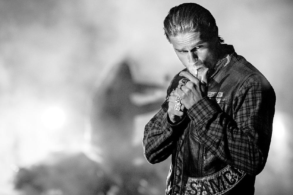 Hd Charlie Hunnam Wallpapers: The TV Column Sons Of Anarchy Returns For Final Bloody