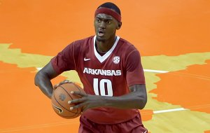 Arkansas's Bobby Portis looks for someone to pass to during the first half of an NCAA college basketball game against Clemson Sunday, Dec. 7, 2014 at Littlejohn Coliseum in Clemson, S.C.(AP Photo/Richard Shiro)