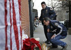 2 cops ambushed, fatally shot in car; gunman kills himself