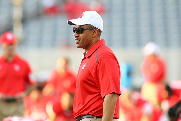 Hargreaves chosen to lead linebackers