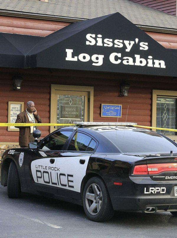 sissy 39 s log cabin robbery tips sought