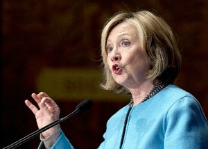 Foreign states' gifts raise new questions for Clinton