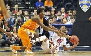 SEC hoops hogs v vol...