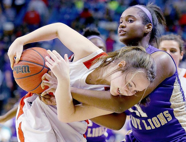 marmadukes-abby-meredith-left-tries-to-keep-the-ball-away-from-englands-shavonta-blanks-during-the-class-2a-state-championship-game-in-hot-springs-on-saturday