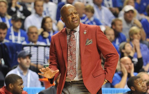 Arkansas coach Mike Anderson motions to his team during a game against Kentucky on Sunday, March 15, 2015, during the SEC Tournament at Bridgestone Arena in Nashville, Tenn.