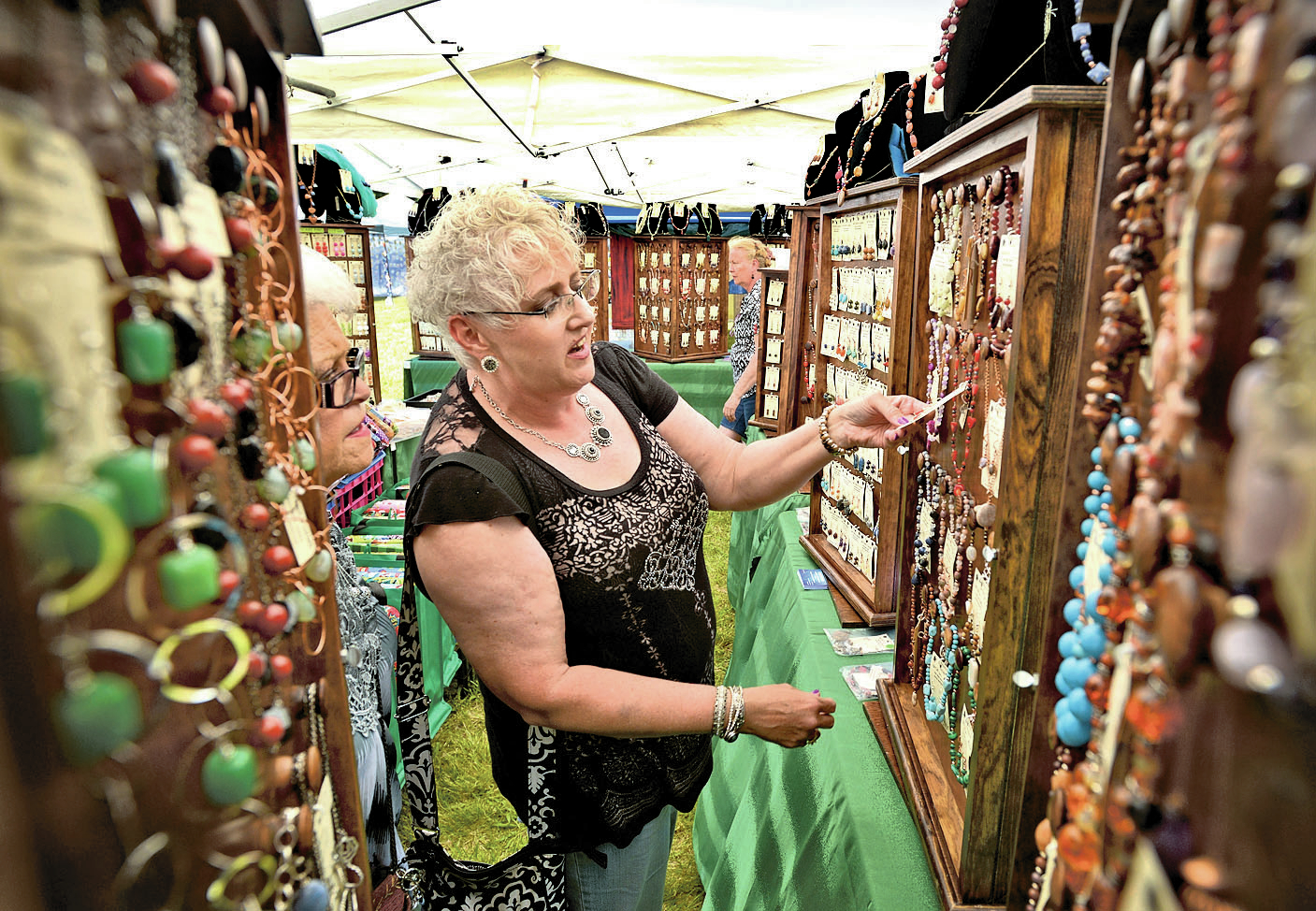 northwest arkansas spring craft fairs in bloom