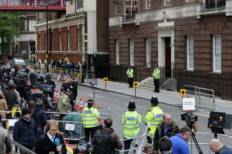 9c4edefebf ... the Lindo Wing at St. Mary s Hospital in anticipation of Kate