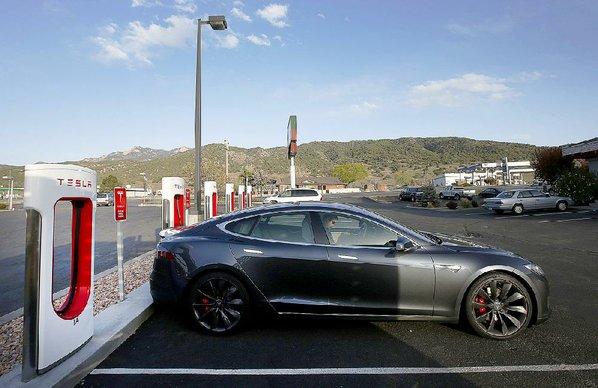 East Fayetteville Auto >> Texas auto dealers outgun Tesla | NWADG