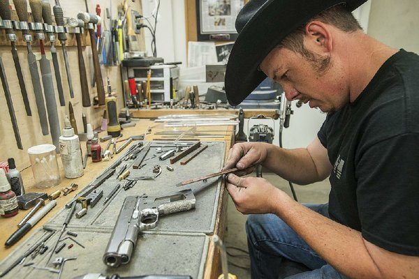 nighthawk chosen to build 1911 pistol