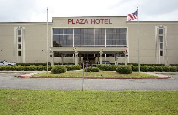 Deal reached for Pine Bluff to buy, fix up convention center hotel