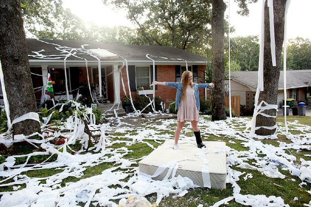 The Most Epic Toilet Papered Houses 1340841591