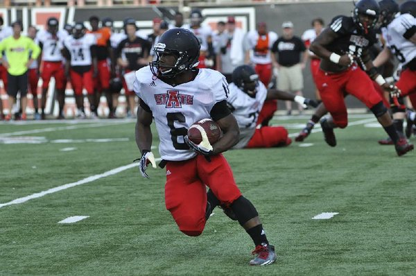 5-5 running back makes a big splash with Red Wolves