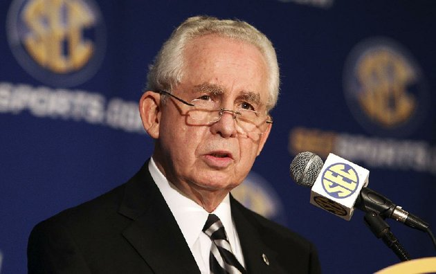 file-in-this-july-21-2010-file-photo-southeastern-conference-commissioner-mike-slive-talks-at-a-news-conference-during-the-sec-media-days-in-hoover-ala-ap-photo-butch-dill-file