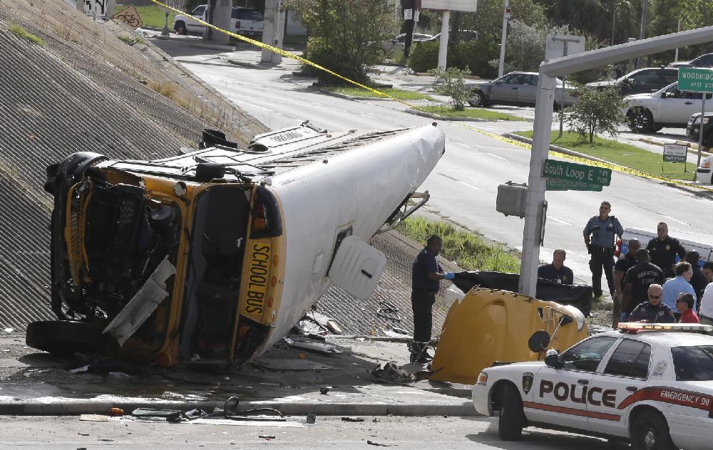 Houston school bus falls off overpass, killing 2