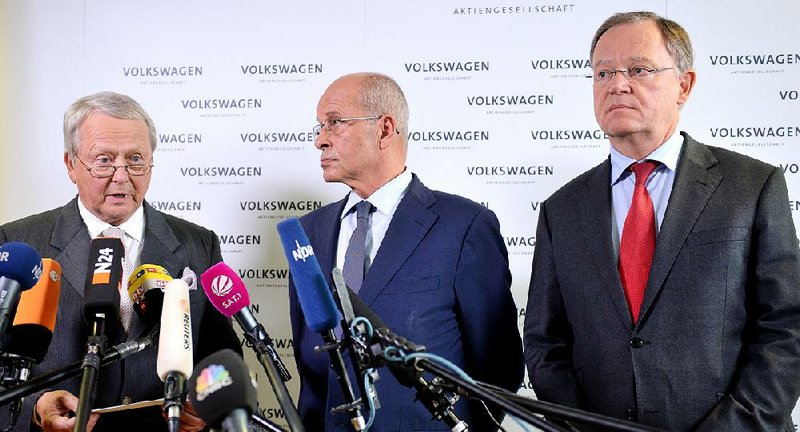 CEO quits to give VW 'fresh start'