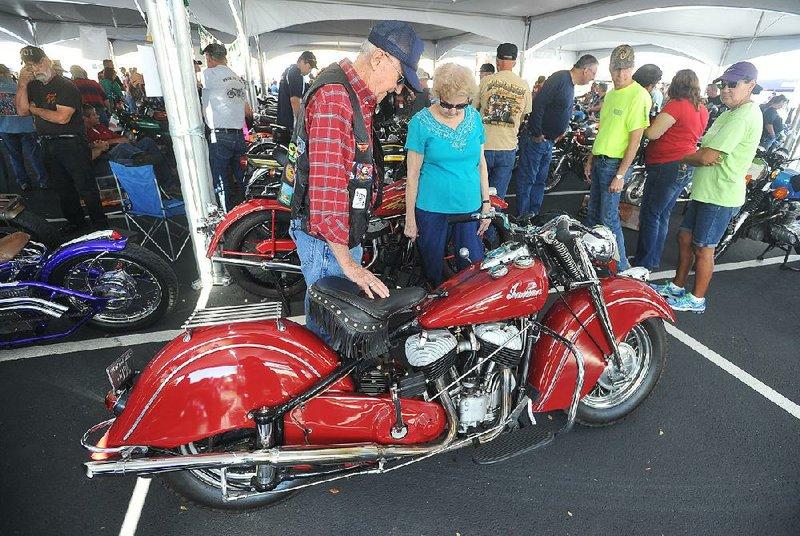 Motorcyclists Take Turns On Memory Lane