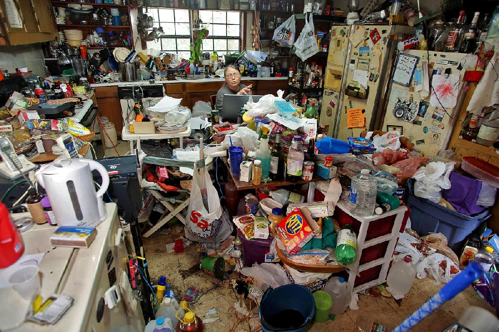 Comfort In Clutter A Hoarder Knows She Needs Help But