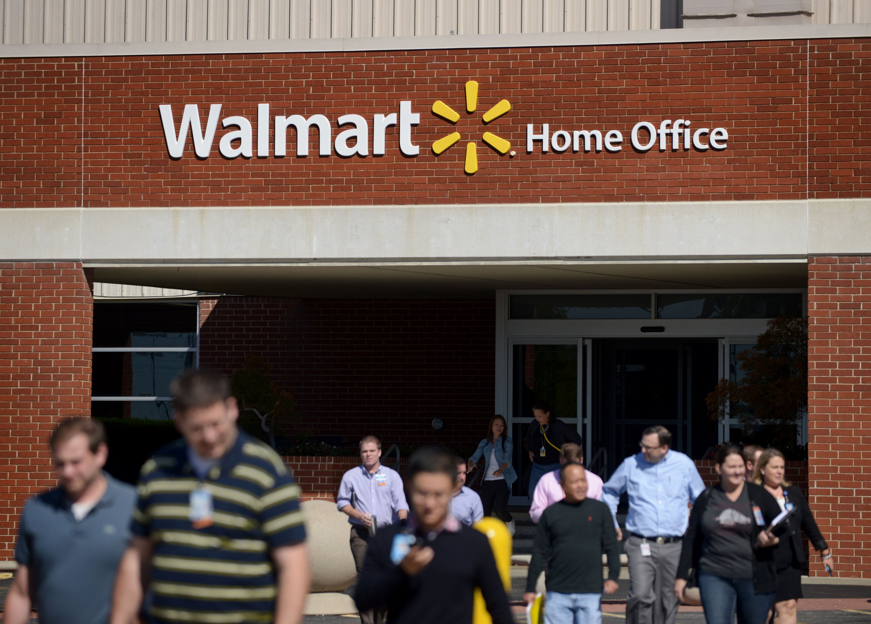 450 laid off at Wal-Mart headquarters