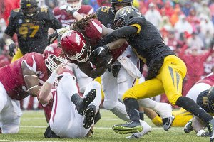 Hogs beat Mizzou for seventh win