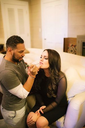 Aaron Perkins (making up the face of Rachel Politzer Pahls) offers a few tips on how to get your face holiday-ready.