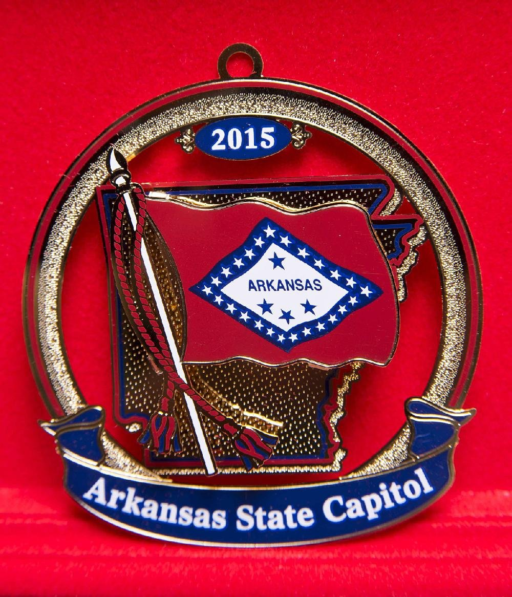 19 Christmas gifts you can buy in Arkansas + 19 places to find, make ...