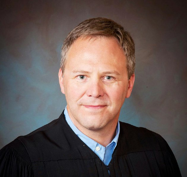 washington-county-circuit-judge-doug-martin