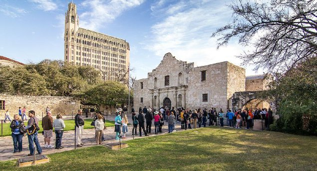 sex in front of the alamo jpg 1152x768