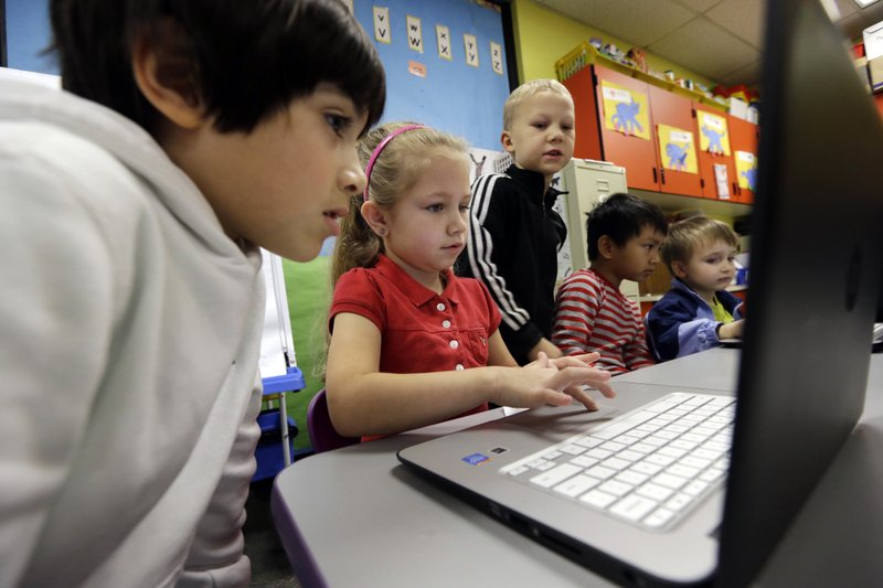Computer lessons added to 3 'Rs' in schools