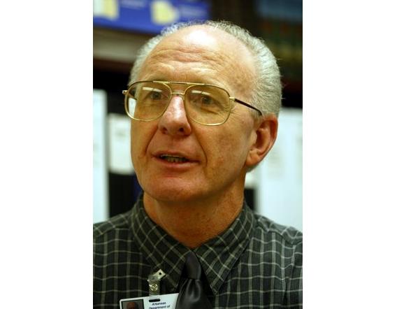 kenneth-dewitt-in-2002