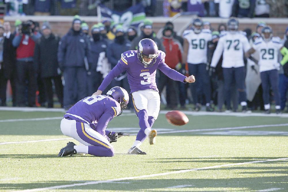 Seattle Blair Walsh >> Minnesota Vikings kicker Blair Walsh (3) misses a 27-yard field ...