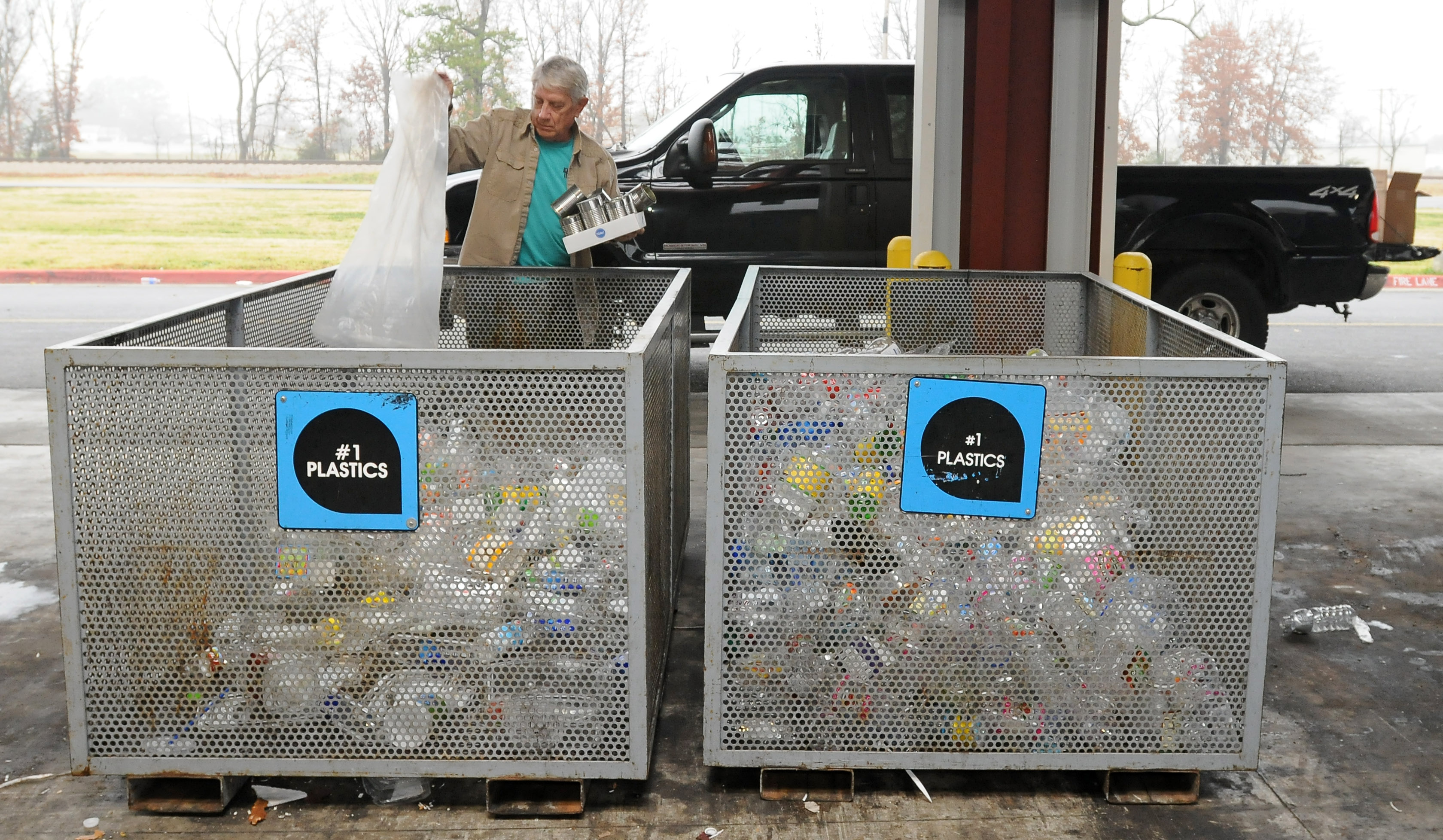 garbage recycling and heather rogers states essay Take a trip into an upgraded, more organized inbox with yahoo mail login and start exploring all the free, organizational tools for your email check out new themes, send gifs, find every photo you've ever sent or received.
