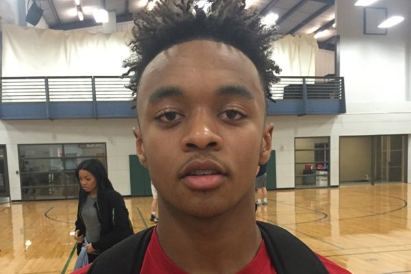 2019 Arkansas point guard commitment Justice Hill is recruiting fellow Arkansas Hawk Ethan Henderson to be a Hog.