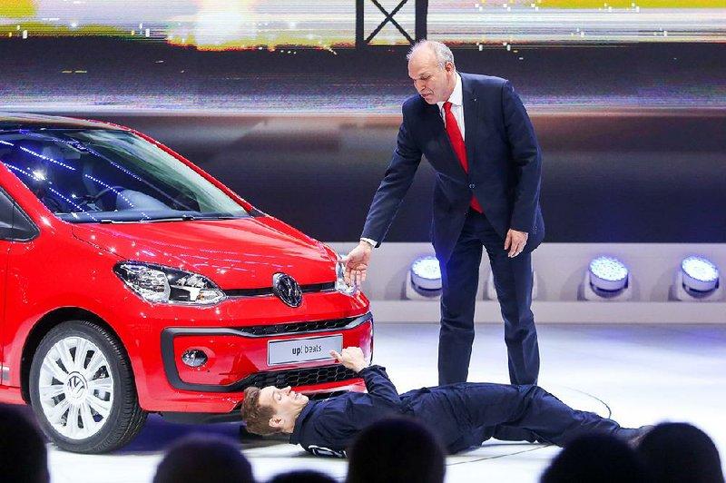 Geneva Auto Sales >> February Auto Sales Climb 7