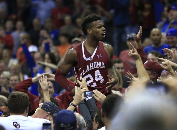 NCAA basketball tournament odds 2016: Kansas leads March Madness betting favorites