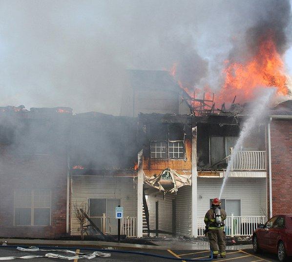 Hot Springs Blaze Leaves 30 Homeless