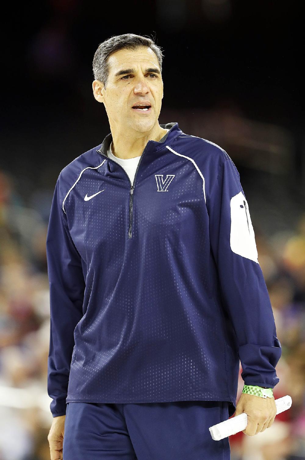 Villanova head coach Jay Wright watches a drill during a ...