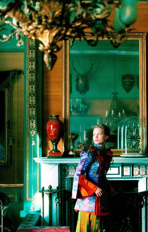 Alice Kingsleigh (Mia Wasikowska) is a ship's captain who must return to Wonderland and travel back in time to save the Mad Hatter in James Bobin's Alice Through the Looking Glass, a sequel to the 2010 Tim Burton film Alice in Wonderland.