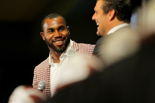darren-mcfadden-left-answers-questions-from-david-bazzel-in-this-file-photo