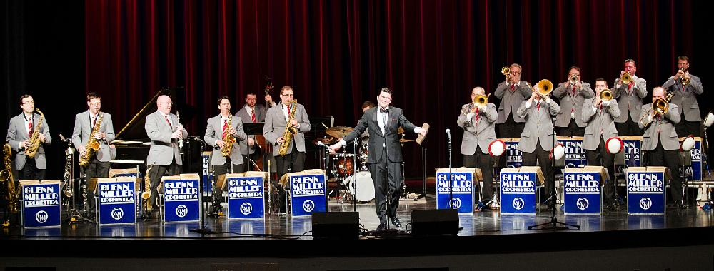 The Glenn Miller Orchestra, led by Nick Hilscher (center ...