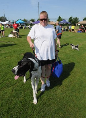 Annual Dog Walk Draws Hundreds To Bentonville Nwadg