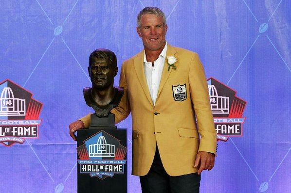 Favre joins Pro Football Hall of Fame