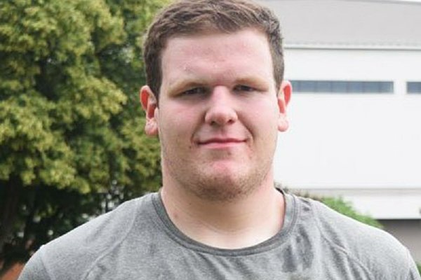 Junior offensive lineman Blaine Scott plans to make a return visit to Arkansas.