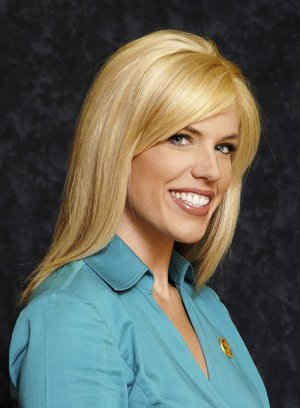 In this June 26, 2008 file photo released by KATV Television, news anchor Anne Pressly is pictured in Little Rock, Ark.