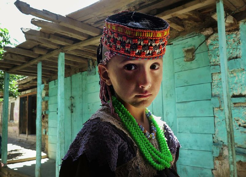 Secluded Pakistani tribe losing its ways